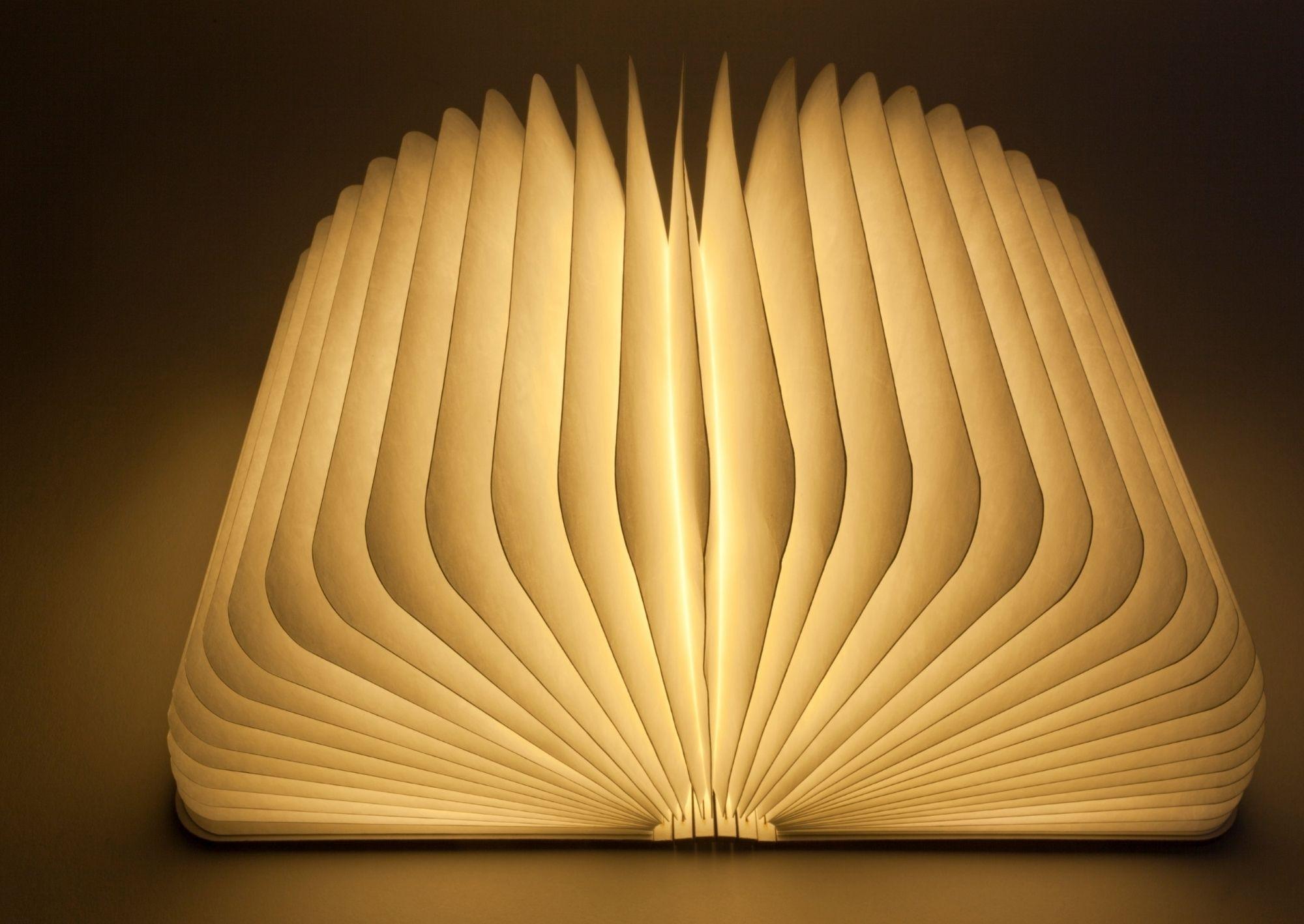 lampada libro idee regali libri